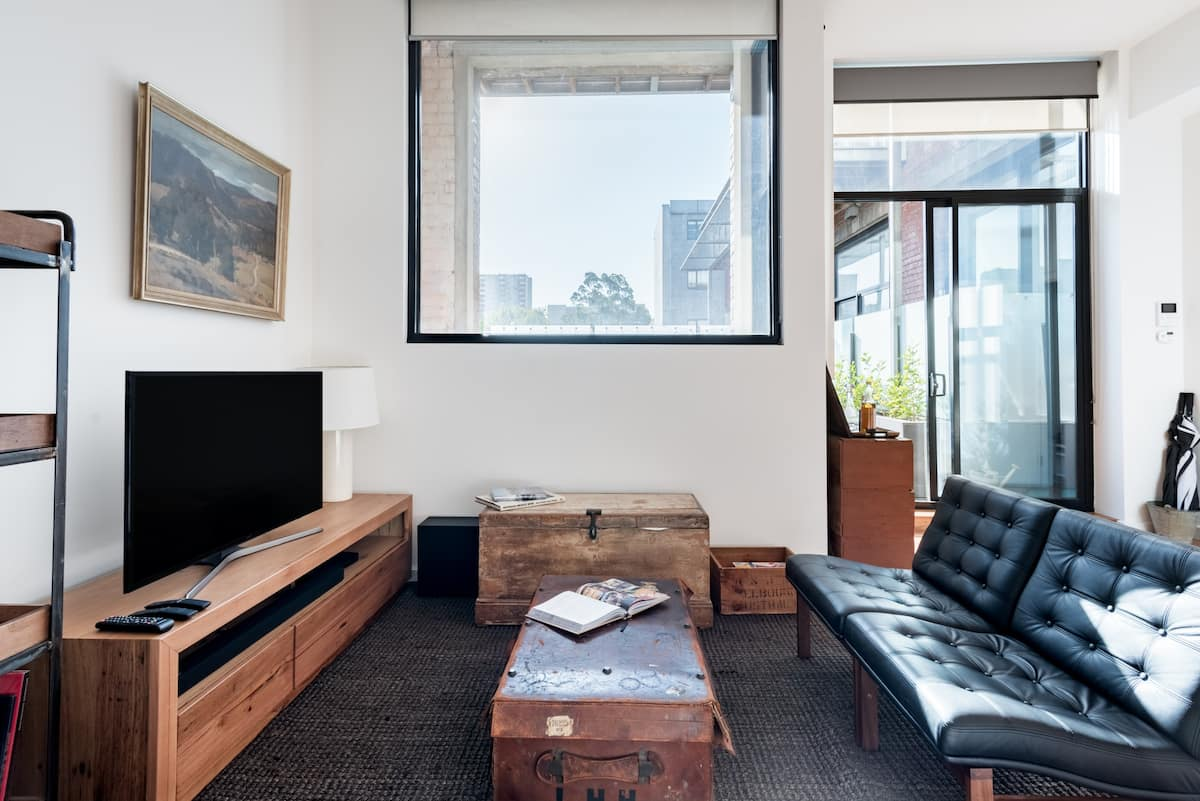 New Upmarket Terraced Apartment in Trendy Fitzroy