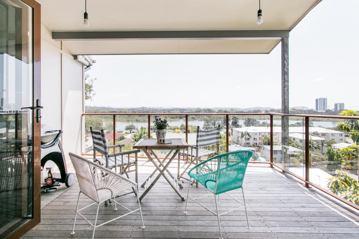 Currumbin Family Beach House with Amazing Views