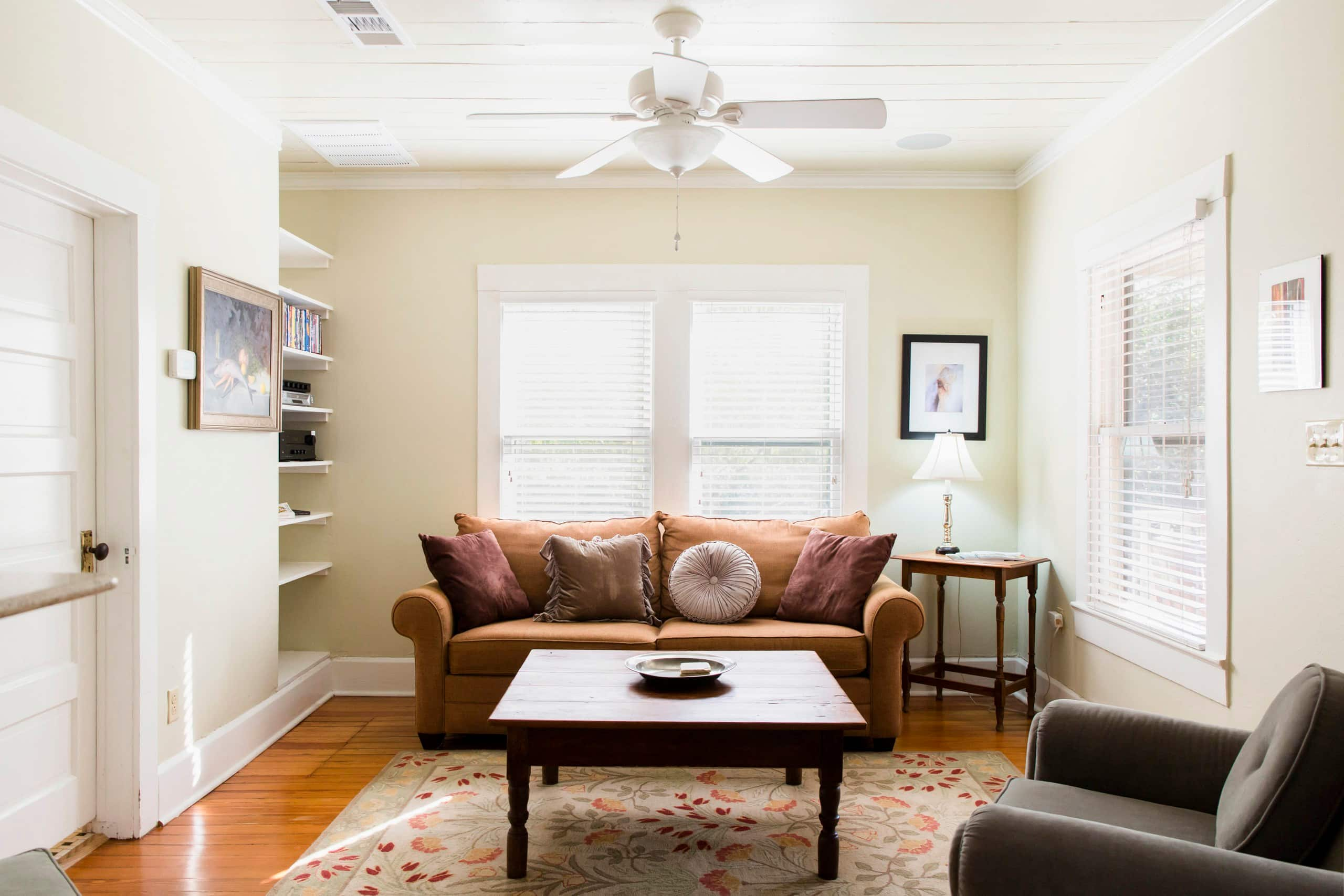 Charming Guesthouse on Urban Farm - Farm stays for Rent in Austin ...