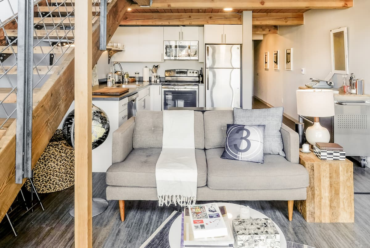 Vintage Loft with Historic Features in Vibrant Capitol Hill