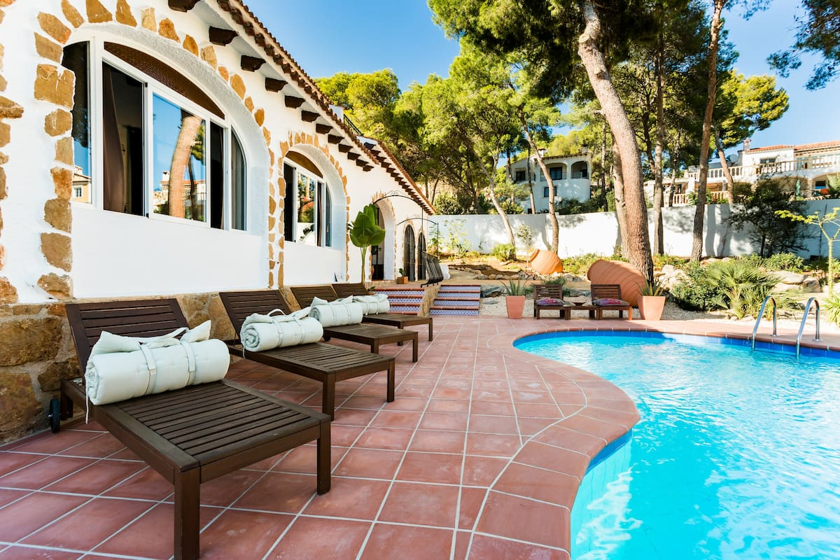 Suite with Private Terrace in Tranquil Villa in Moraira.