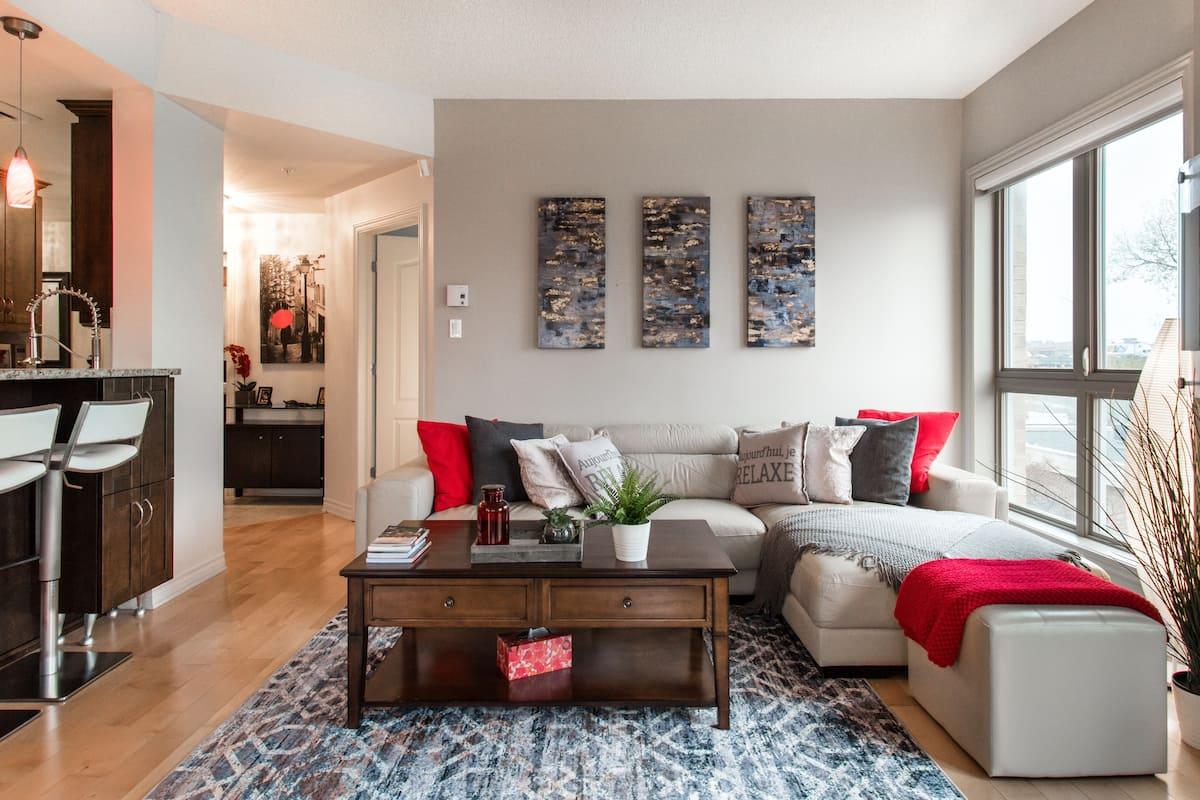 Fine Apartment with Shared Amenities near Robillard Center