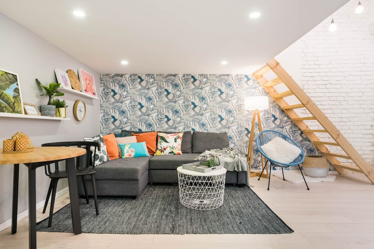 Savor the Airy Vibes at a Chic Loft with Toucan Wallpaper