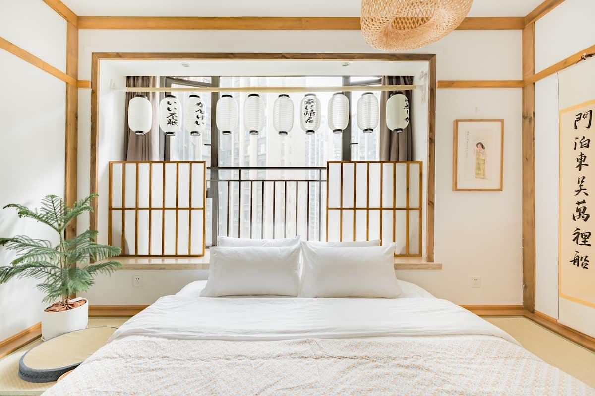 Jungle七号房,下榻日式风格的房源去畅玩太古里