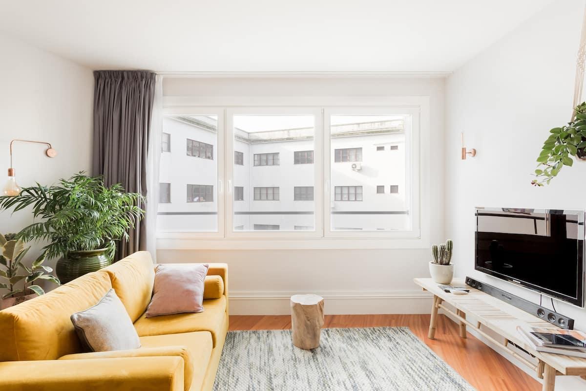 Aliados Square Apartment - Special Bed - Garage - Metro Aliados