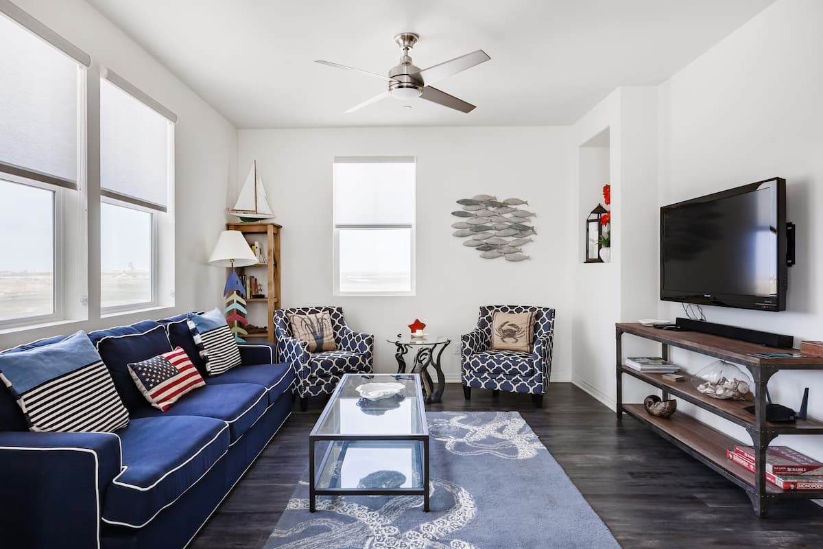 Visit the Beach From a Radiant Townhome with Bay Views