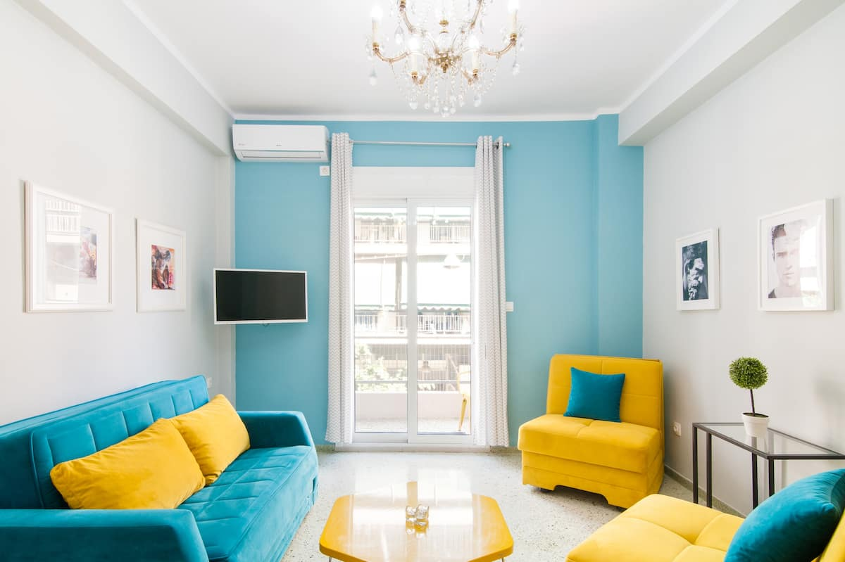 Cheerful Art-Filled Apartment with a Parthenon View