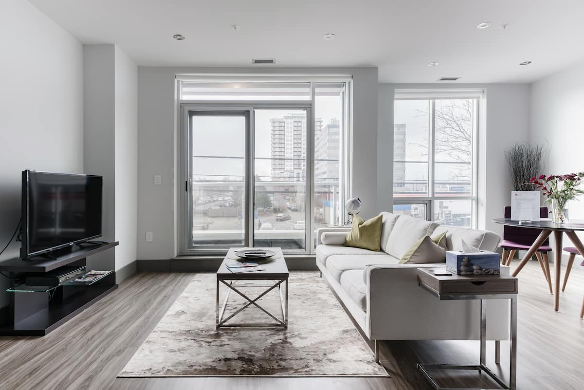 Streamlined Apartment in North End