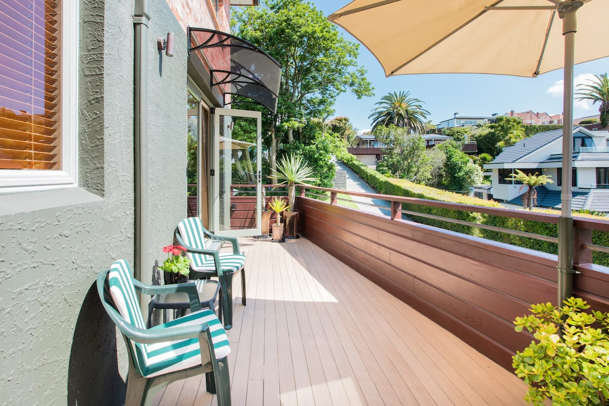 Visit the Beach from an Easygoing Flat with a Balcony