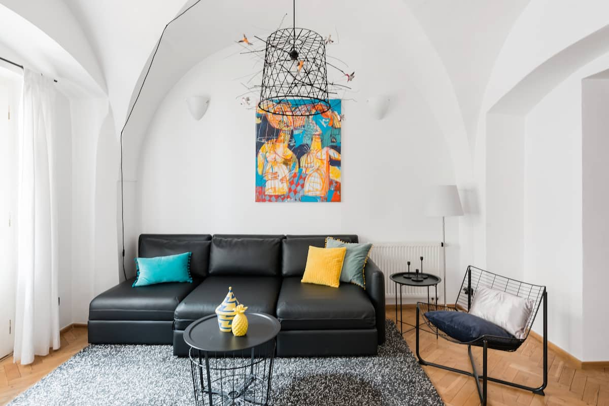 Trendy Hideaway in the Heart of Old Town
