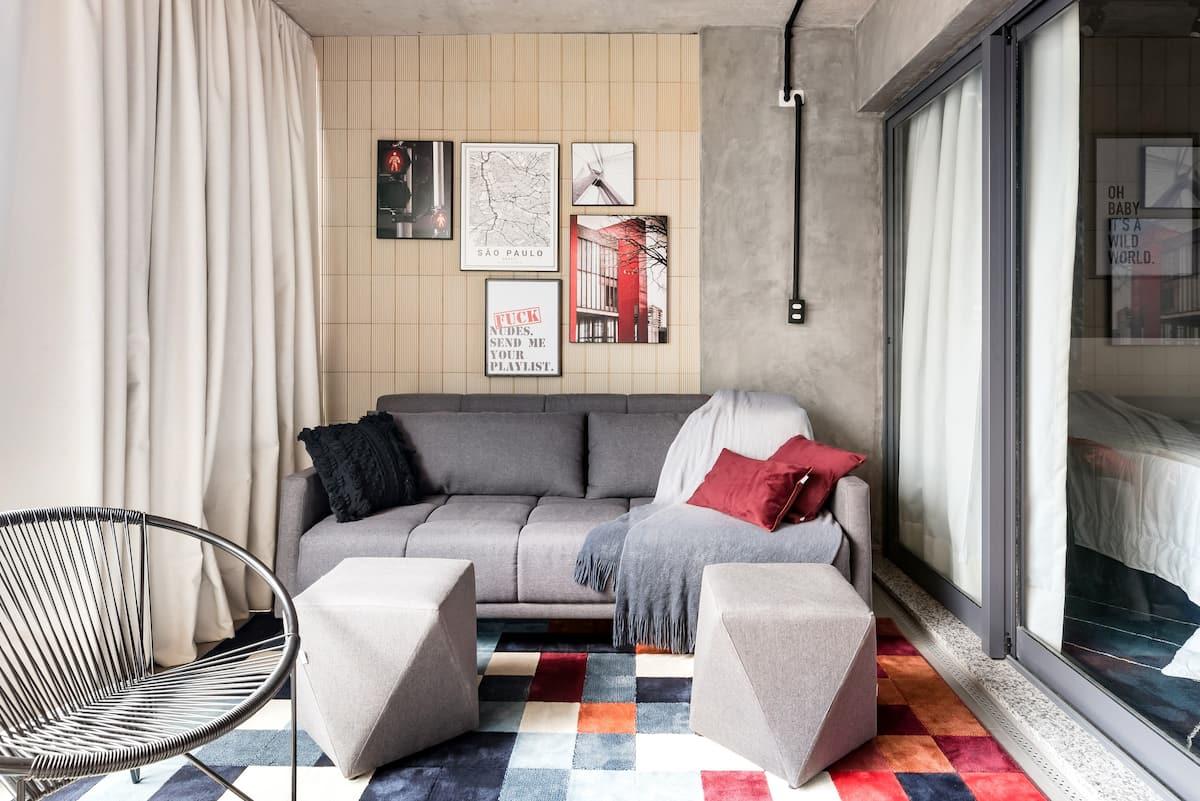 Design e conforto em estúdio industrial na Vila Nova