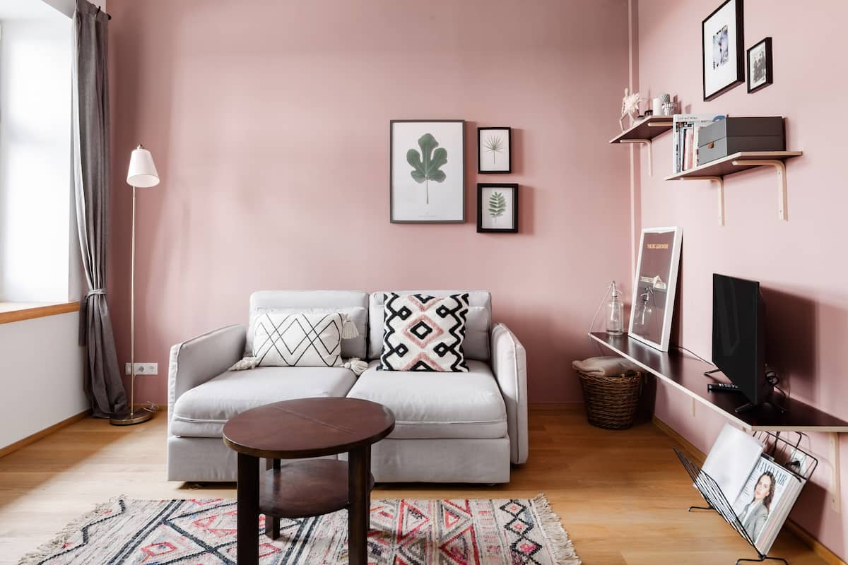 Soak Up the Serenity at a Pastel-Hued Urban Hideaway