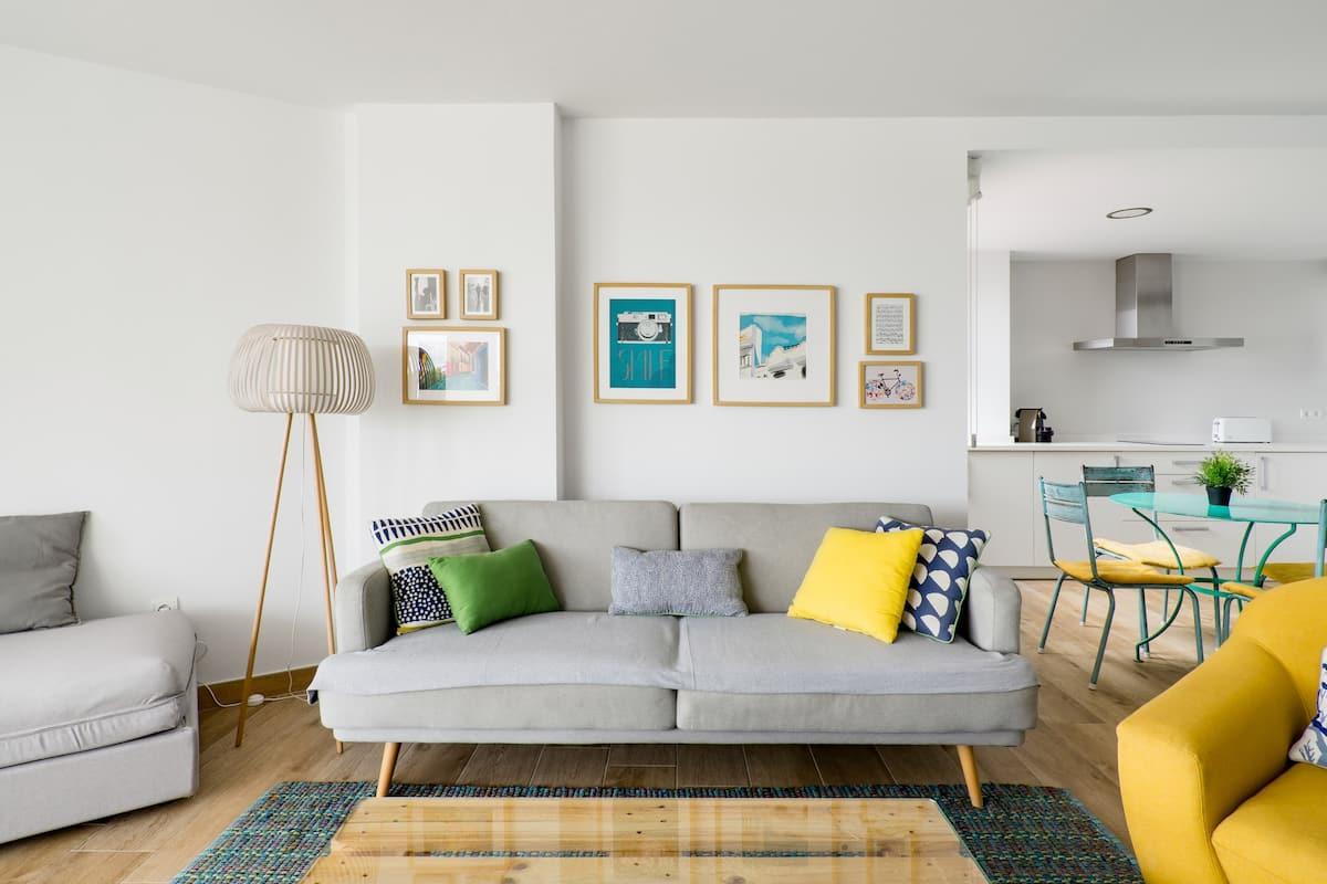 Siente la brisa del mar por la mañana en este apartamento en la Malagueta