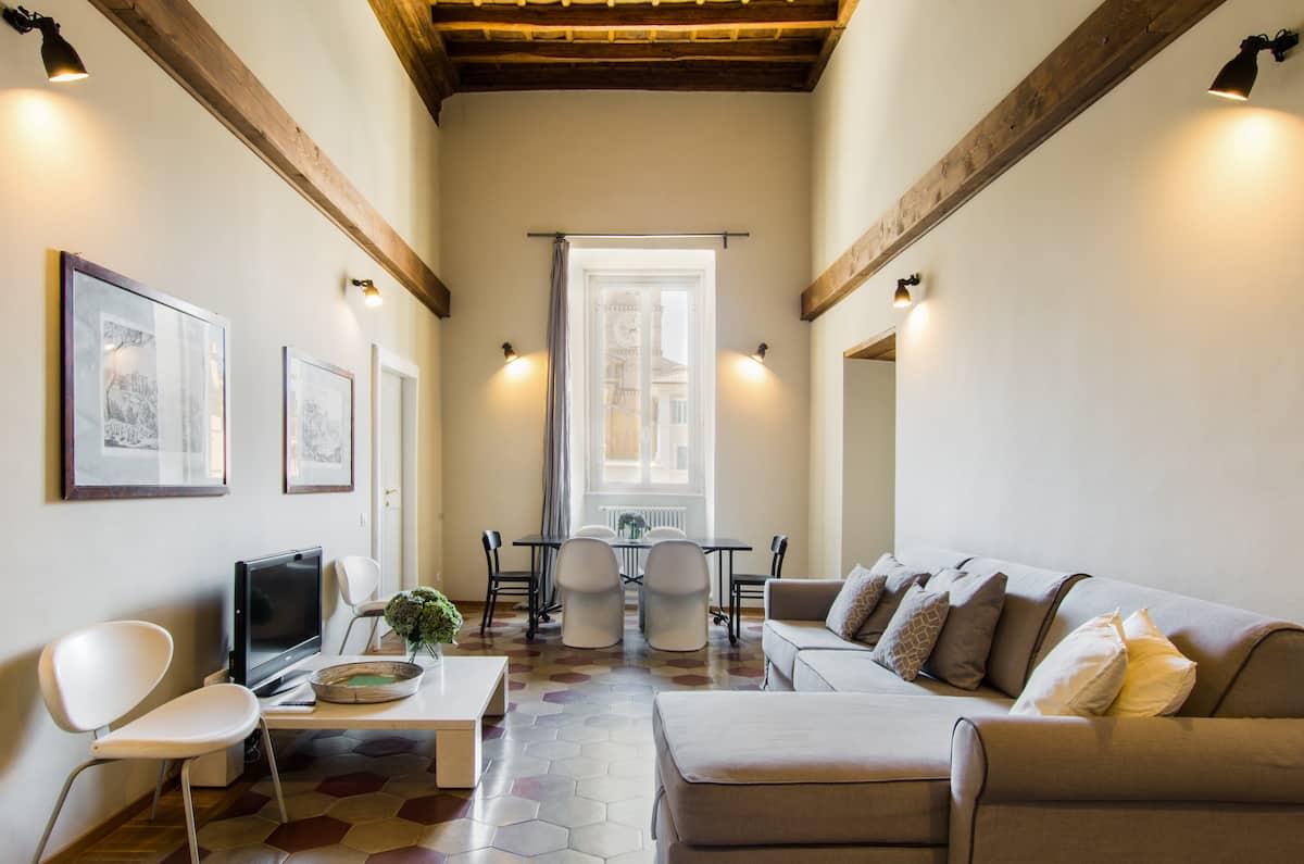 Appartamento di design a Trastevere con terrazzo privato e vista spettacolare