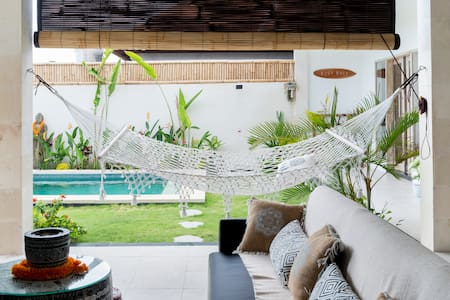 Beautiful Canggu Villa with Large Garden Next to Samadi Yoga