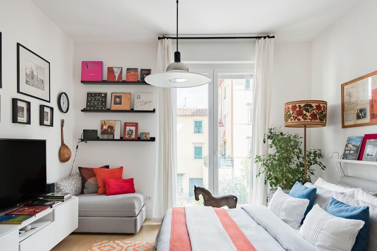 Accogliente appartamento, accanto a Boboli, per amanti dei libri e della musica