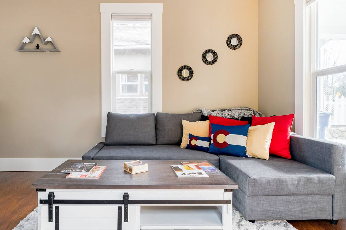 Renovated 1900s Cottage near Downtown Colorado Springs