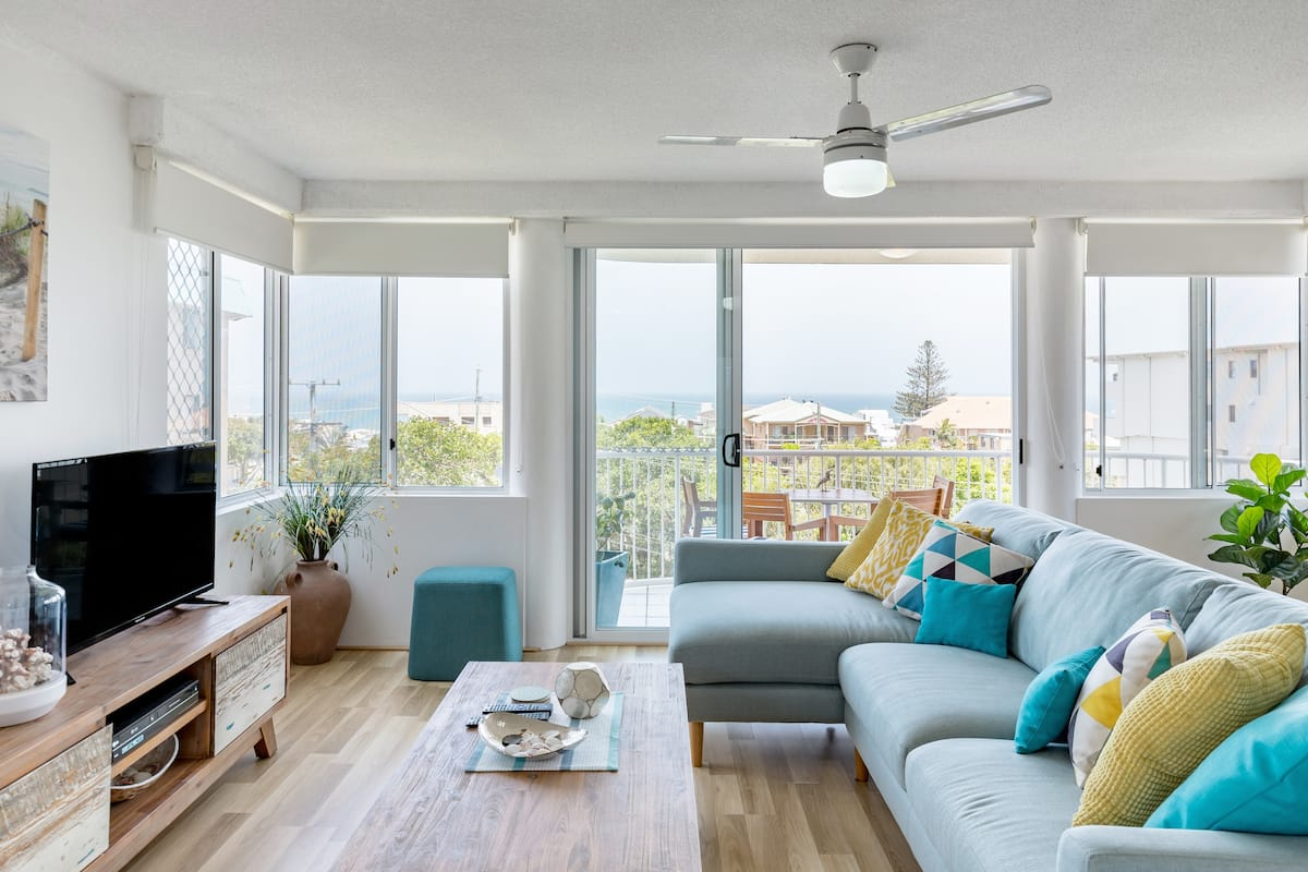 Stylish Ocean View Apartment with Terrace