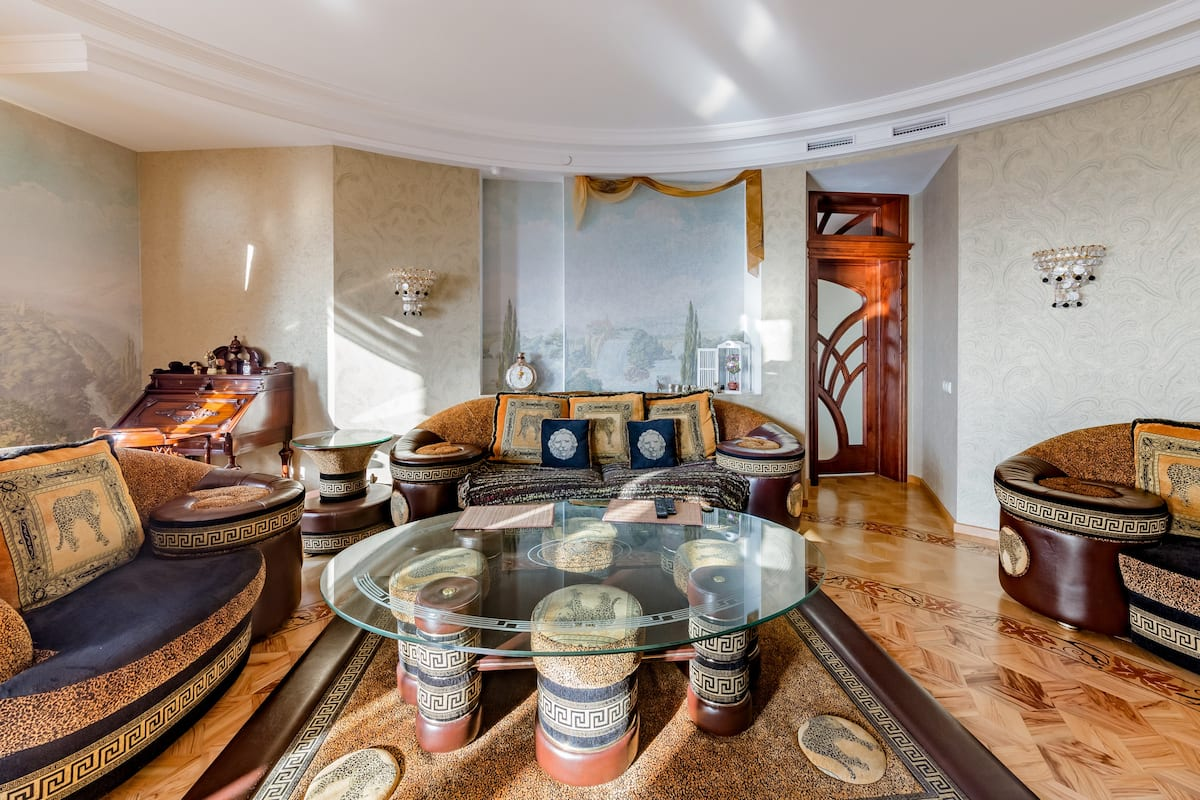 Квартира с  видом с 27 этажа , площадью 109 кв.м.