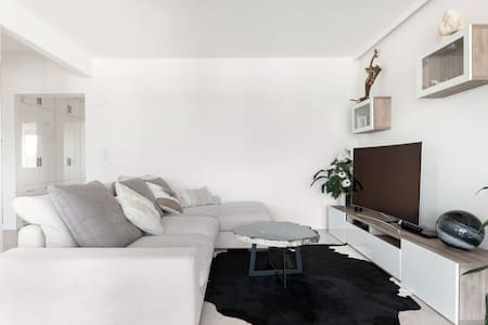 Cocooning and luxuous apartment with castle view and parking