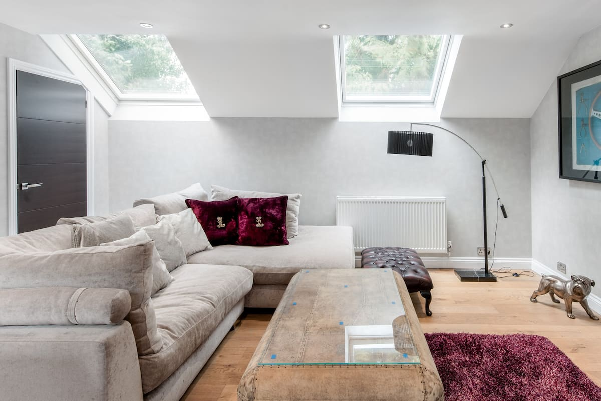 Luxury Annex in Heart of Cobham Near Painshill Park