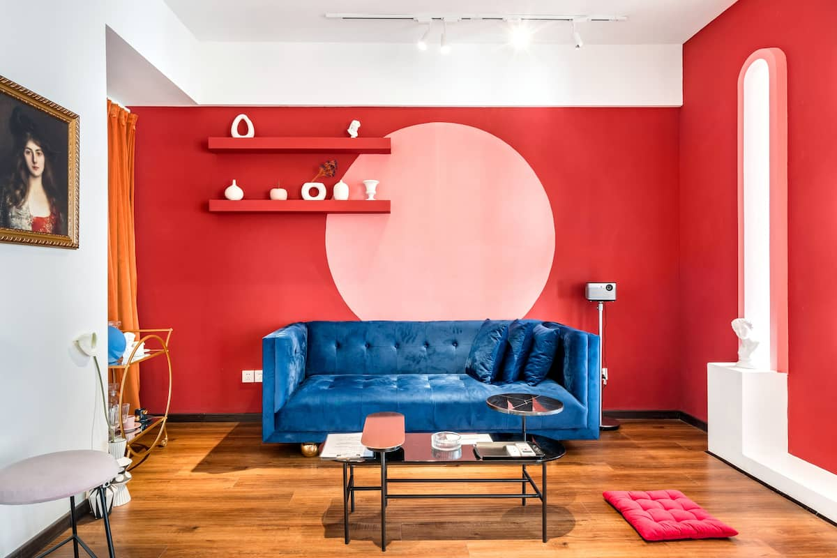 《红色玛格丽特》复得旅店 近春熙路高清投影仪美学一居室