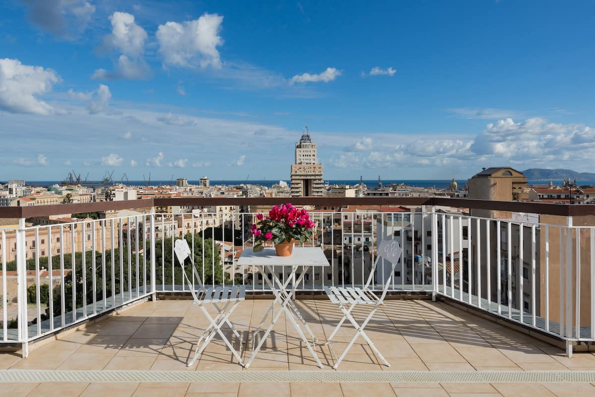 Central Palermo Penthouse with Panoramic Views