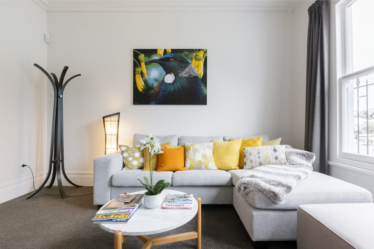 Light-filled Renovated Villa, Walk to Ponsonby Rd
