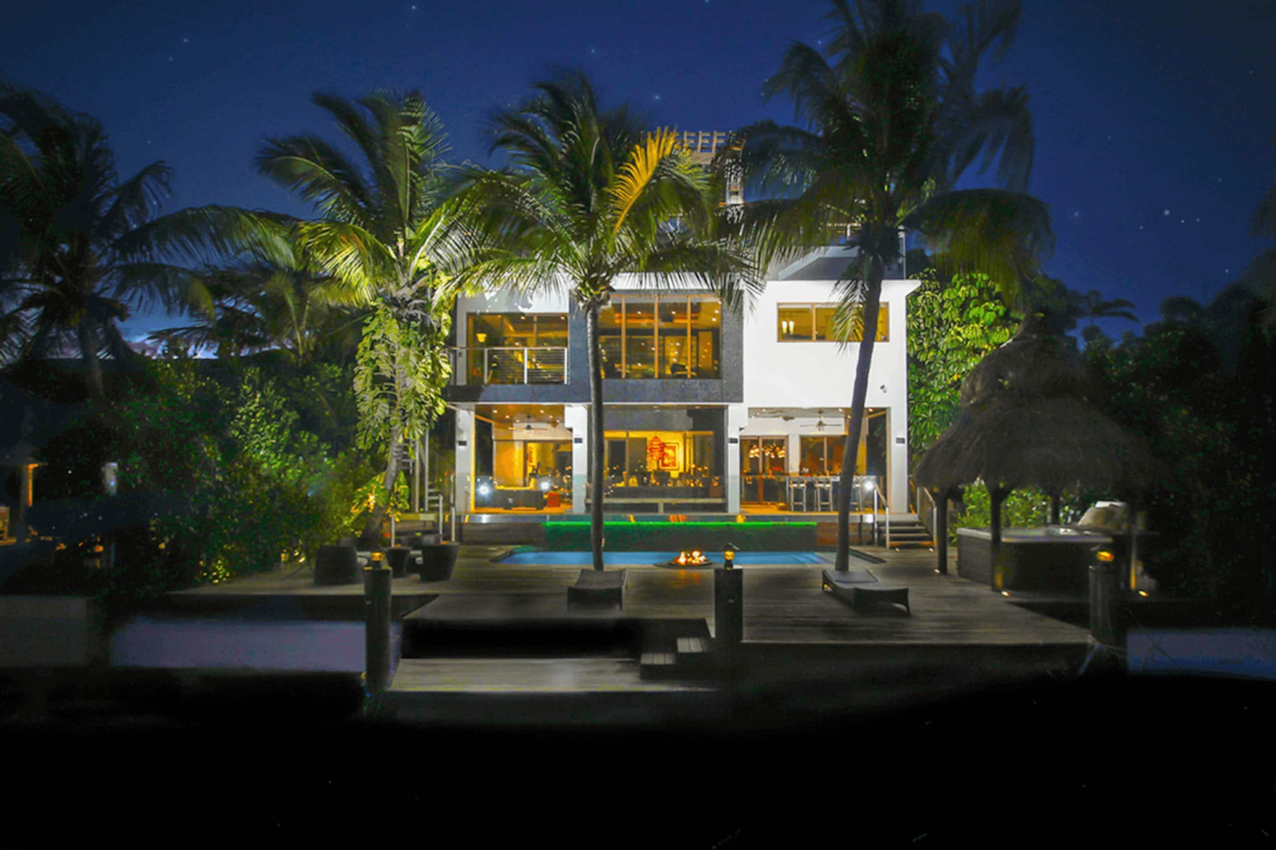 Apartment Villa Riza - Magnificent Balinese-style photo 20185477