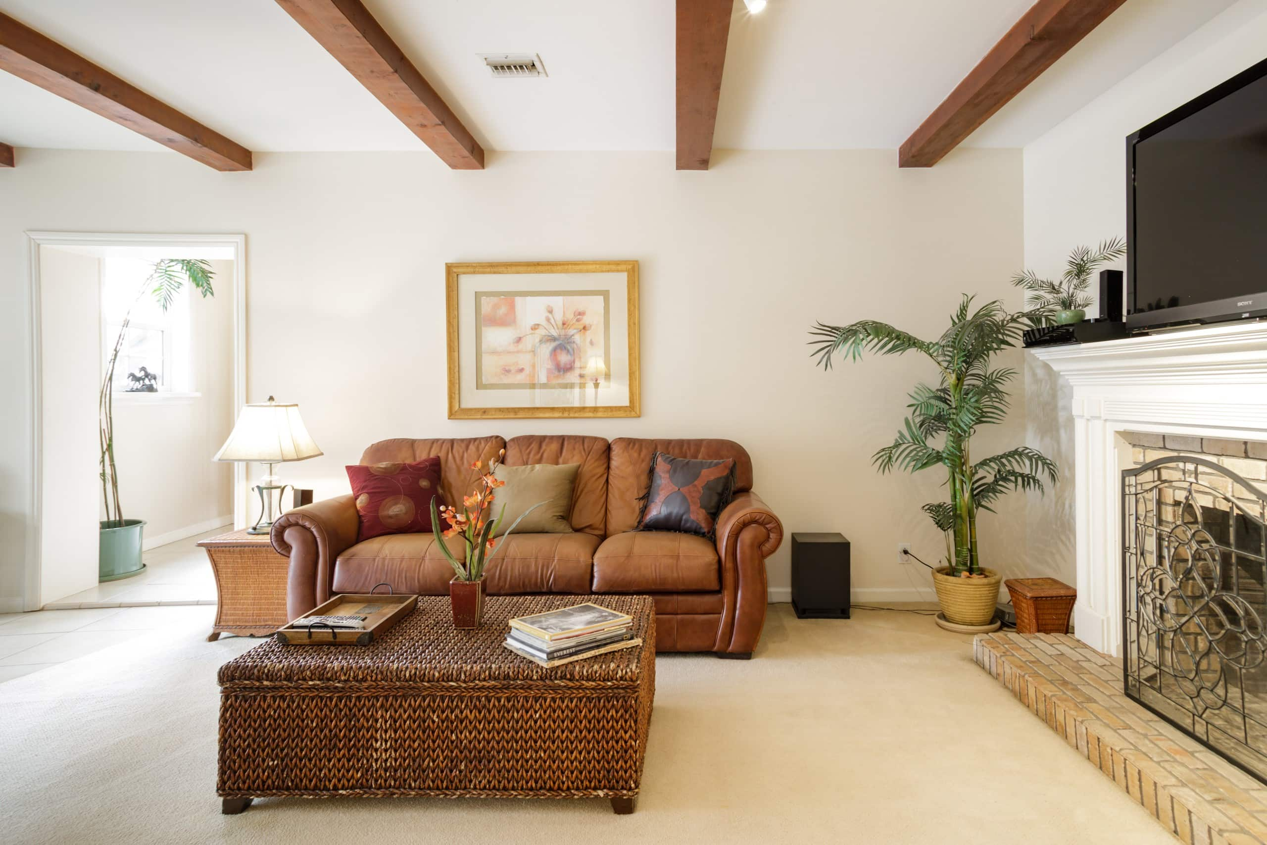 comfy room in a whittier hills home casas en alquiler en