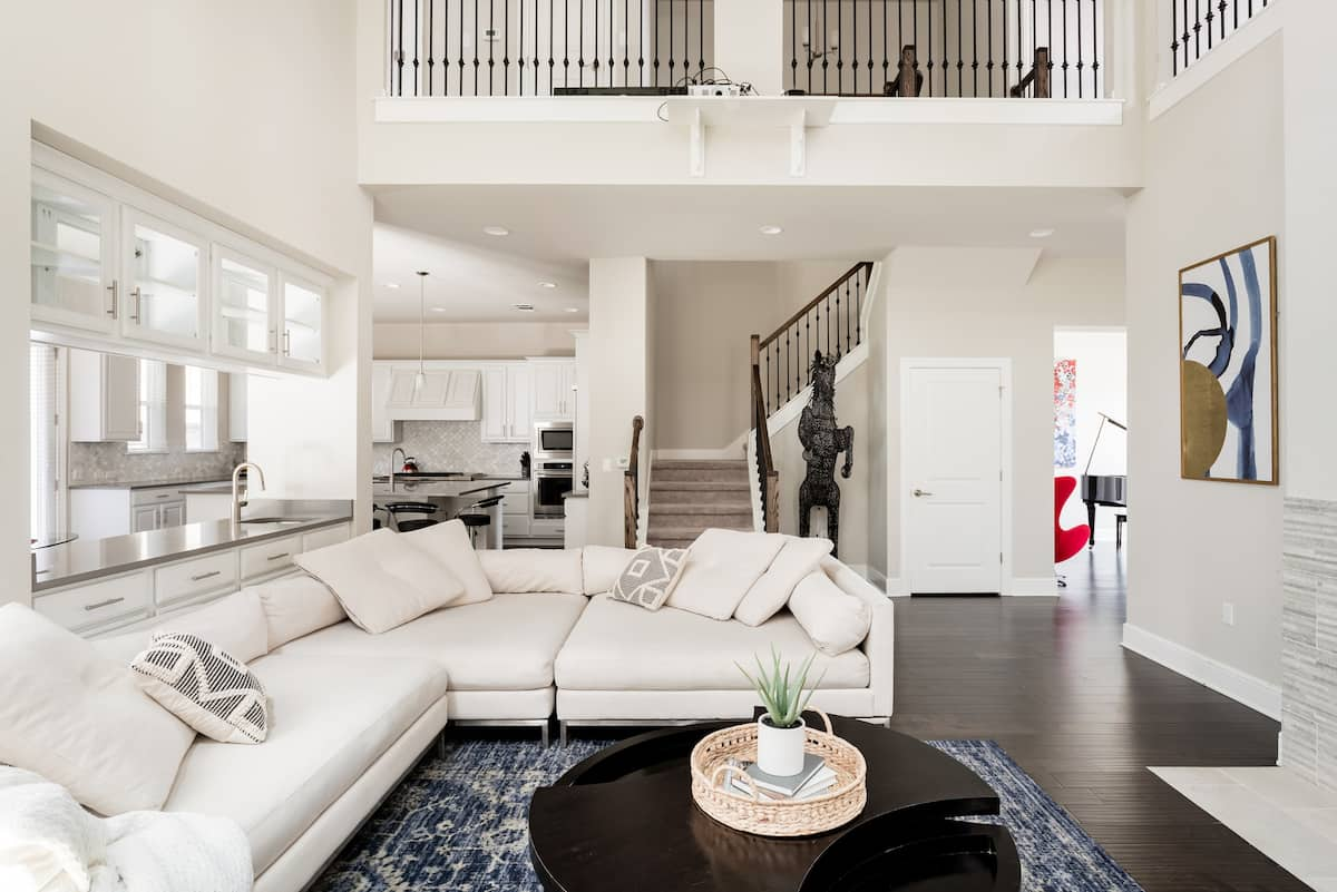 Newly Built Family Home With a Grand Piano Near Downtown