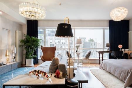 入住浓浓东方情的国际风高级公寓