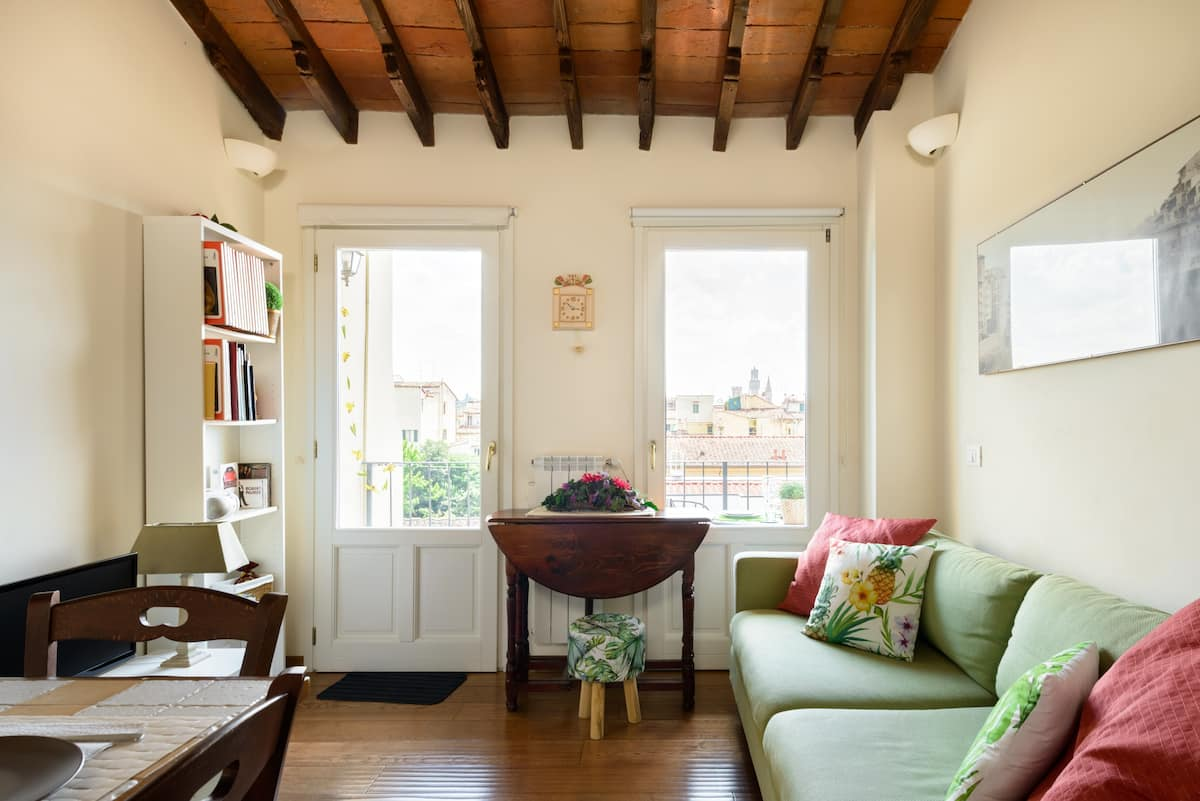 """Florentine Charm and Comfort with """"Bellissima"""" View"""
