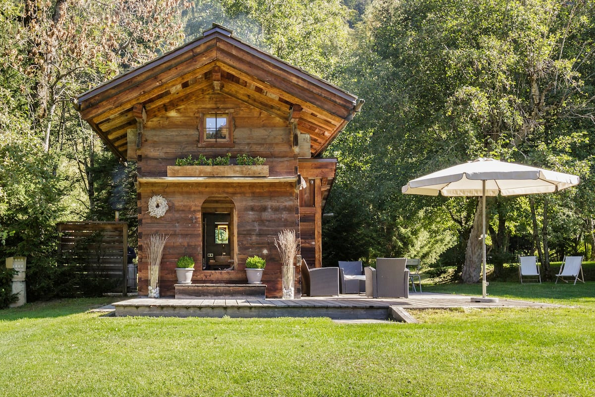 Mazot de charme avec bain scandinave au pied du Mont-Blanc