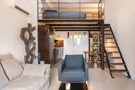 Loft design dans le golfe de Saint-Tropez