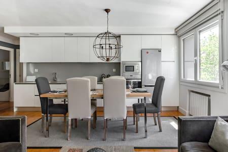 Precioso piso de lujo con desayuno gratis.
