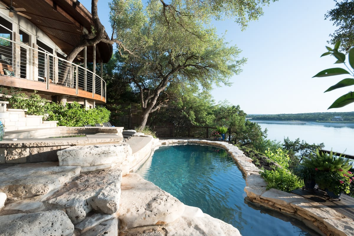 Private Staycation Gorgeous Sunsets Lake Travis Tree House