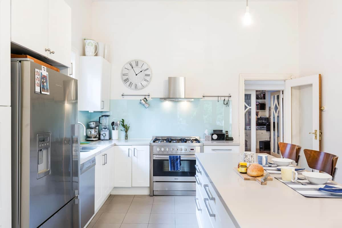 Chadstone 2018 (with Photos): Top 20 Chadstone Vacation Rentals ...