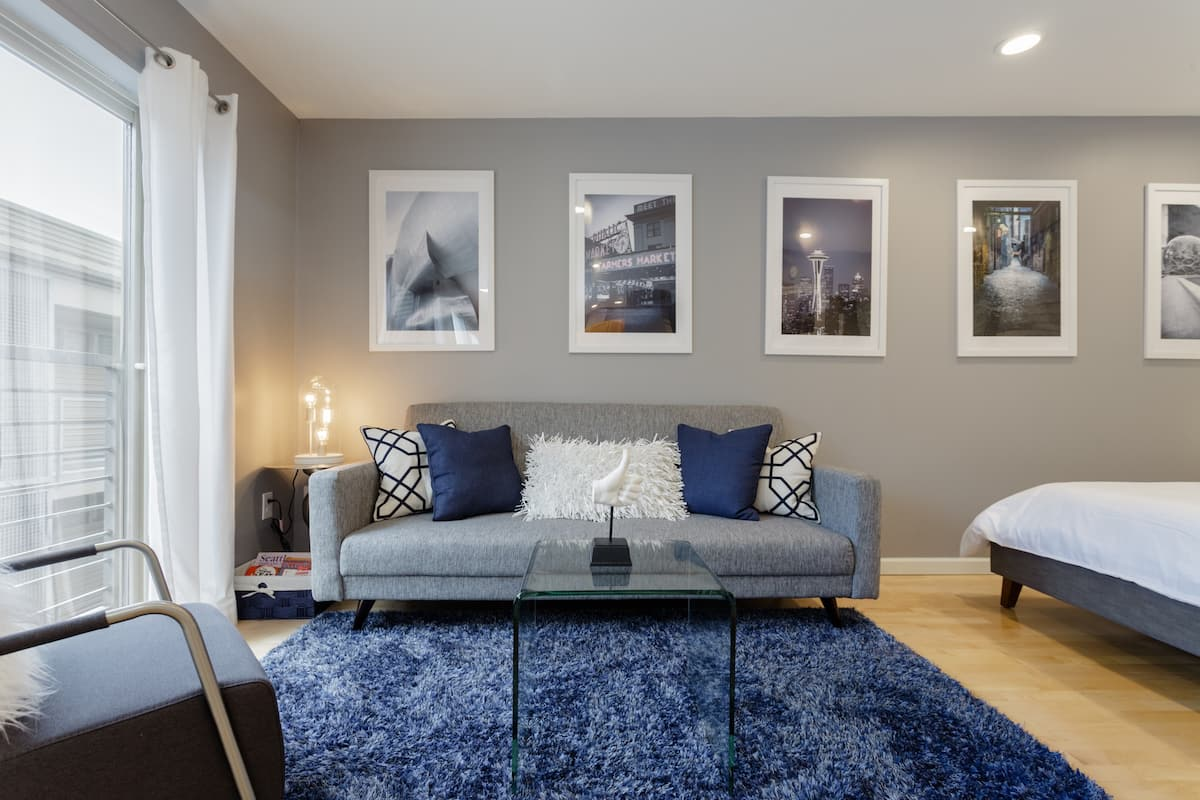 Modern Studio in the Heart of the City