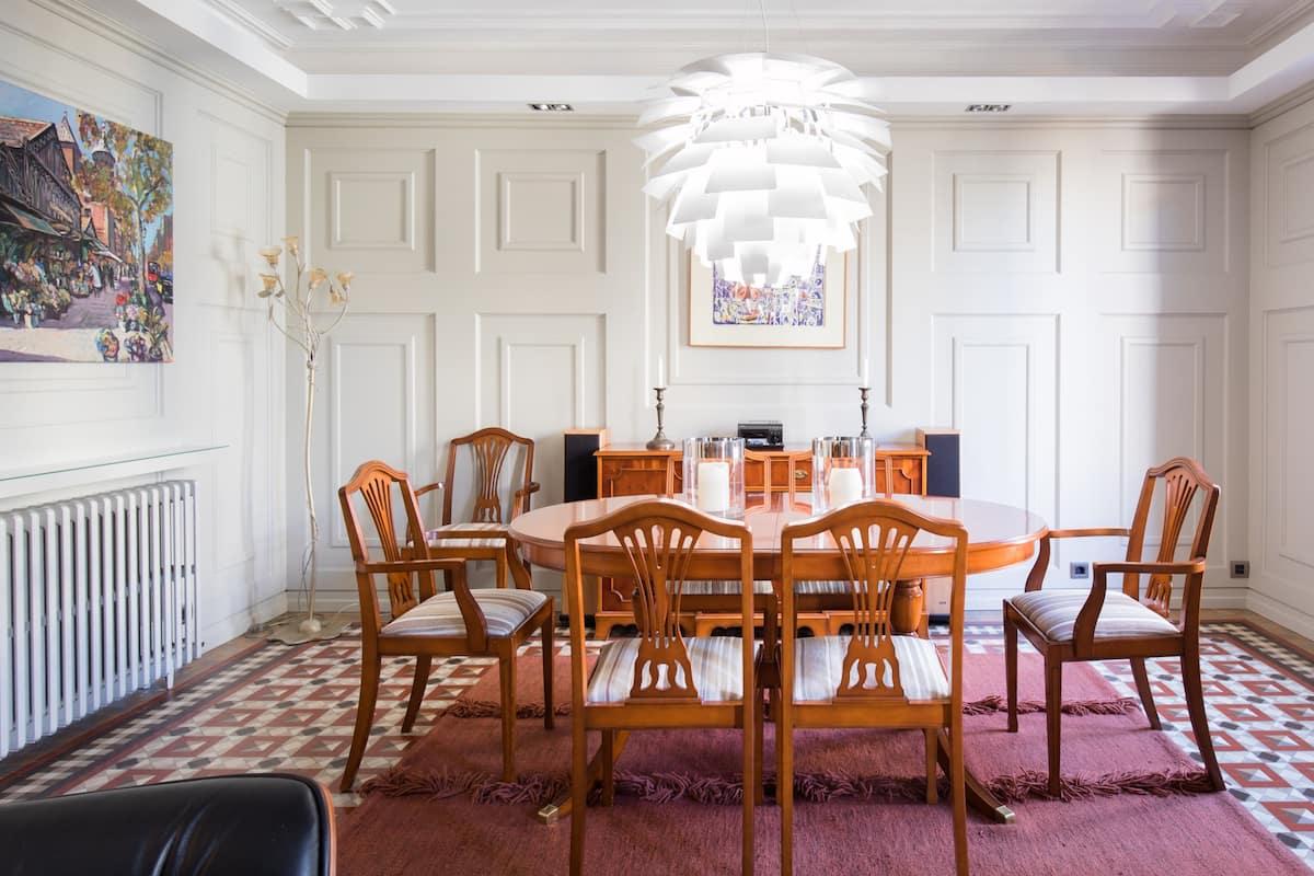 Dandi-Debonair Apartment Close to Passeig de Gràcia