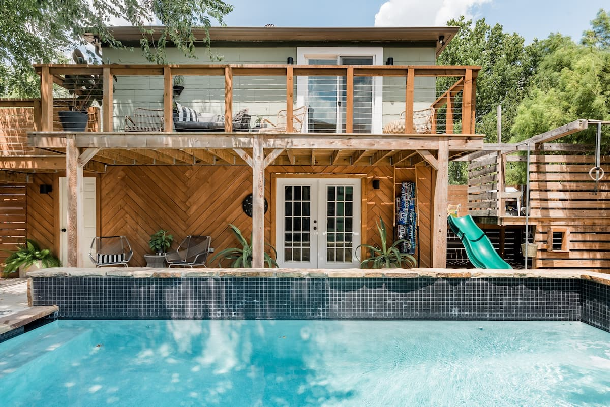Warm Getaway with a Poolside Patio in Norman, OK