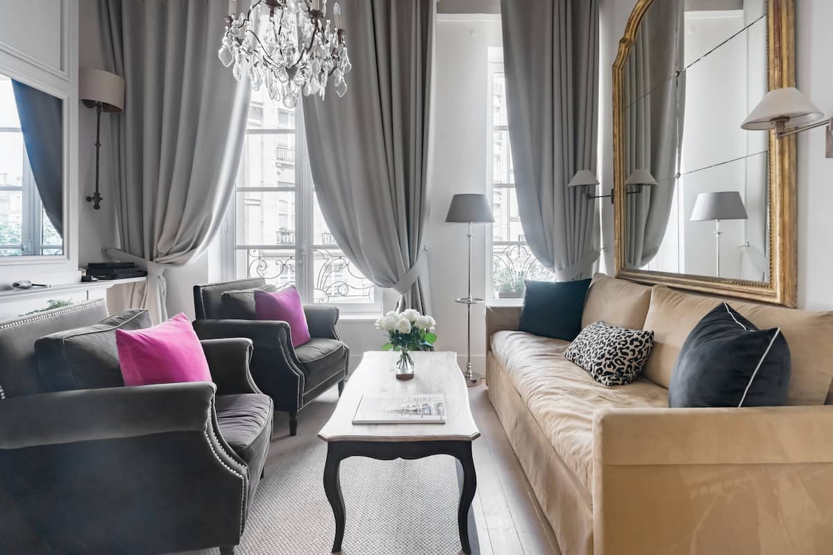 Radiant Apartment in the Heart of Paris