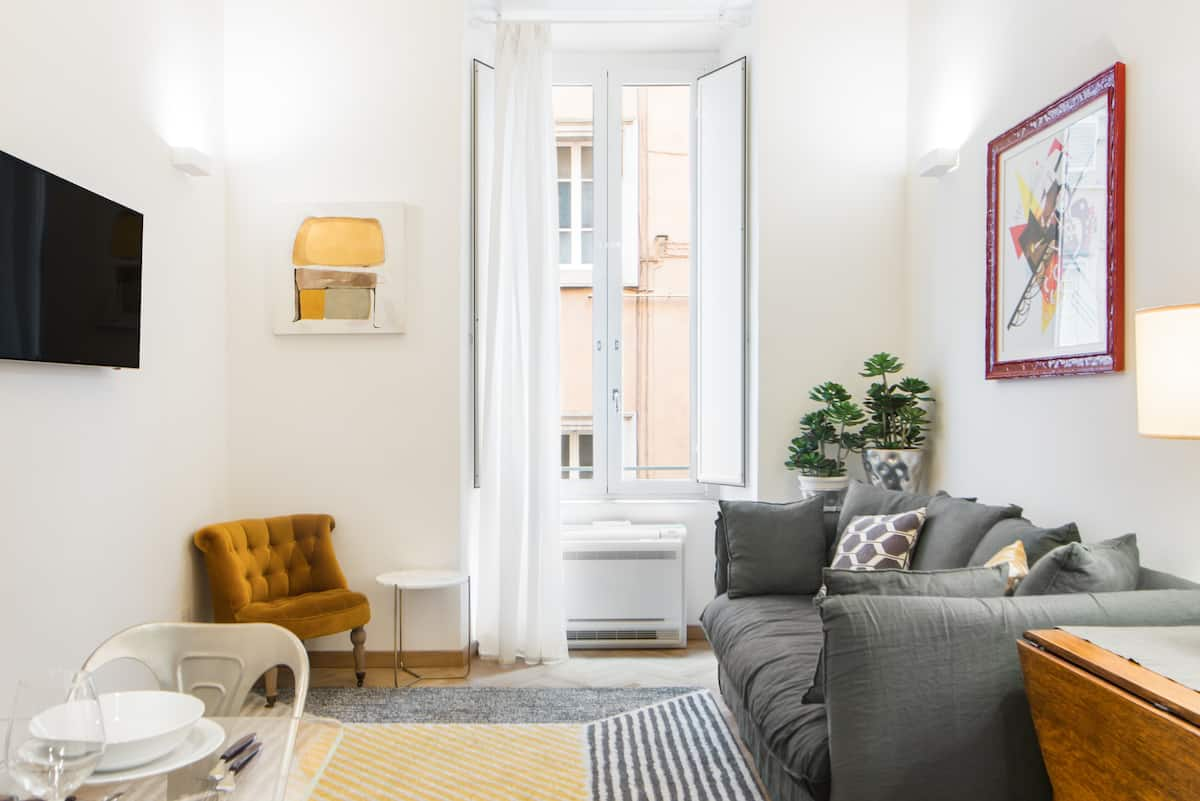 Beautiful and Plus apartment near the Vatican with Netflix