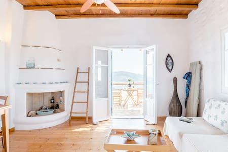 Blue Sea Vibes—Agios Georgios Family-Friendly Apartment
