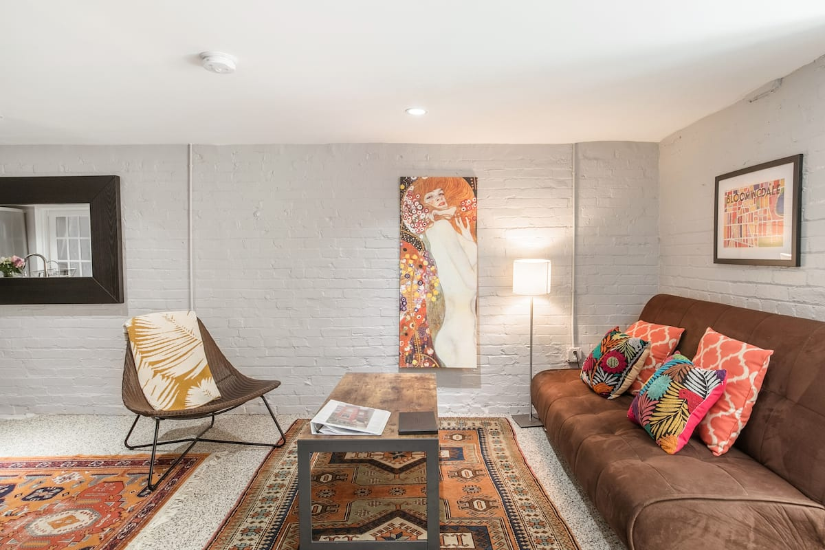 Serene Apartment in a D.C. Rowhouse