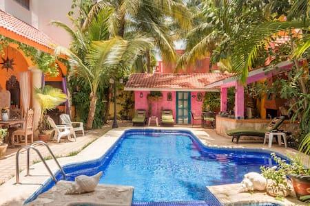 Mexican Magical Treasure / Hacienda Boutique Mi Casa Tu Casa
