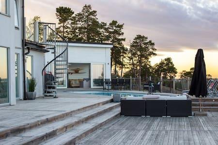Breathtaking Views From a Poolside Retreat, Jacuzzi & Sauna