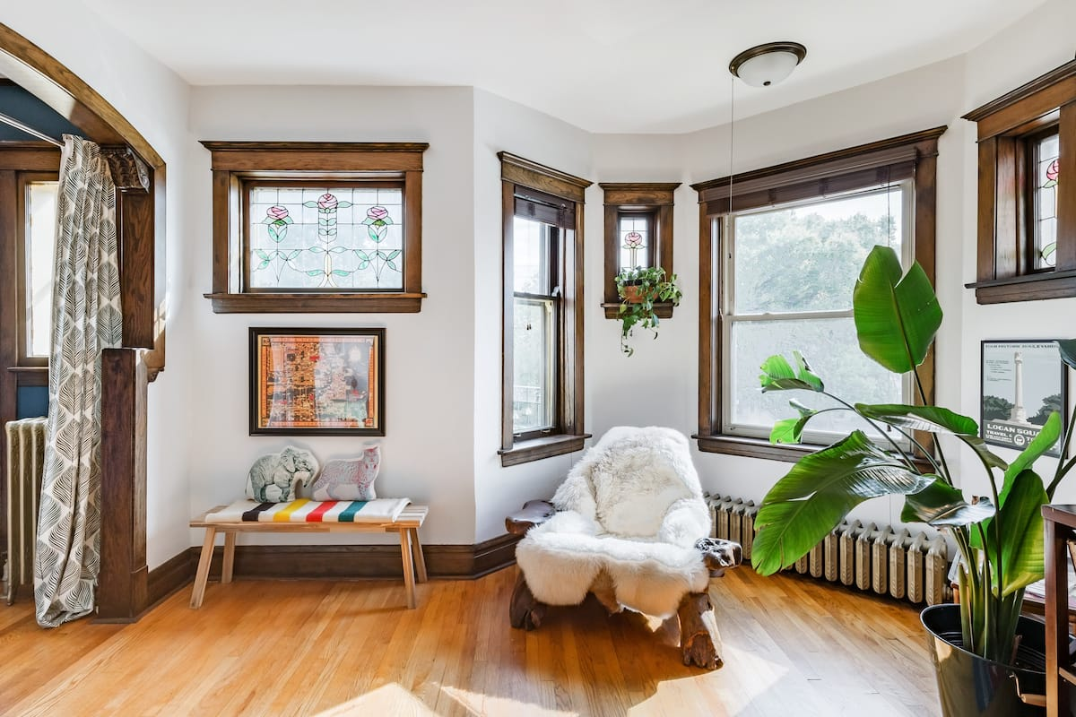 Vintage Charm and Modern Comfort in Historic Logan Square