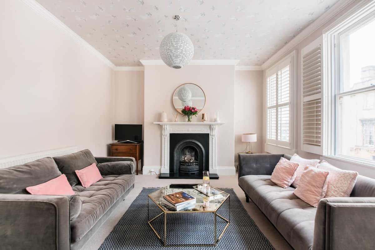 Chic Retreat in Central Bath