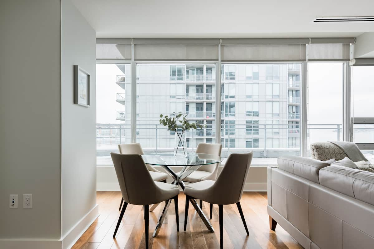 Harbour and Cove Panoramas from a Sunny King's Wharf Home